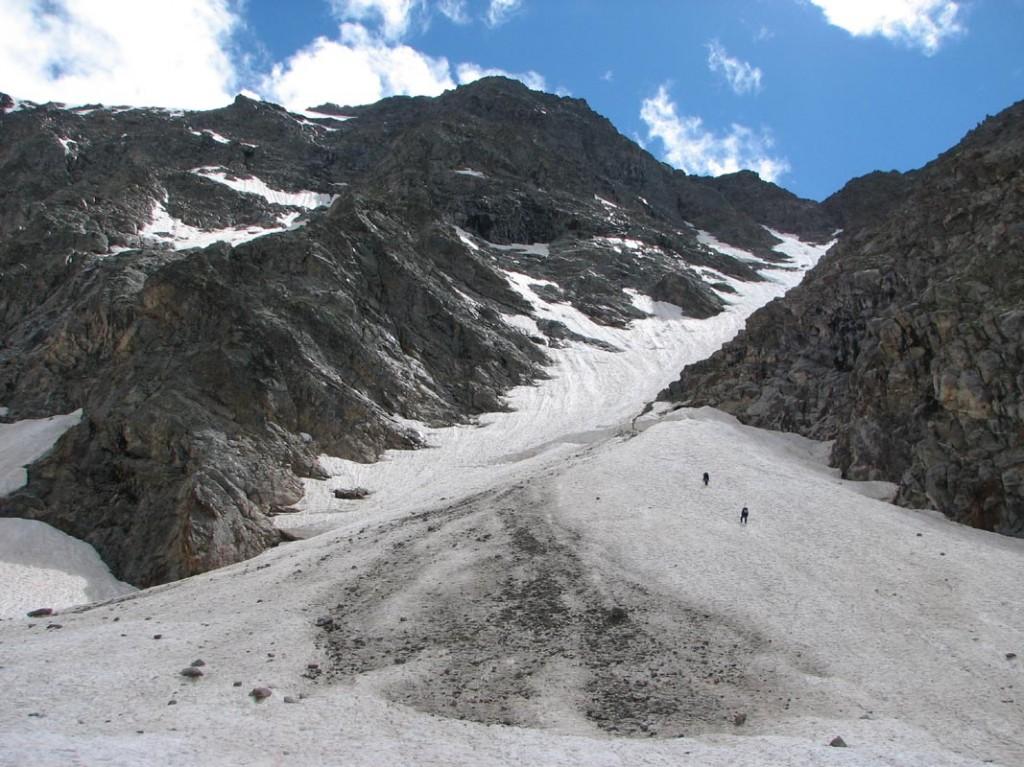 Начало подъема на перевал Бжедух (2Б, 3600)