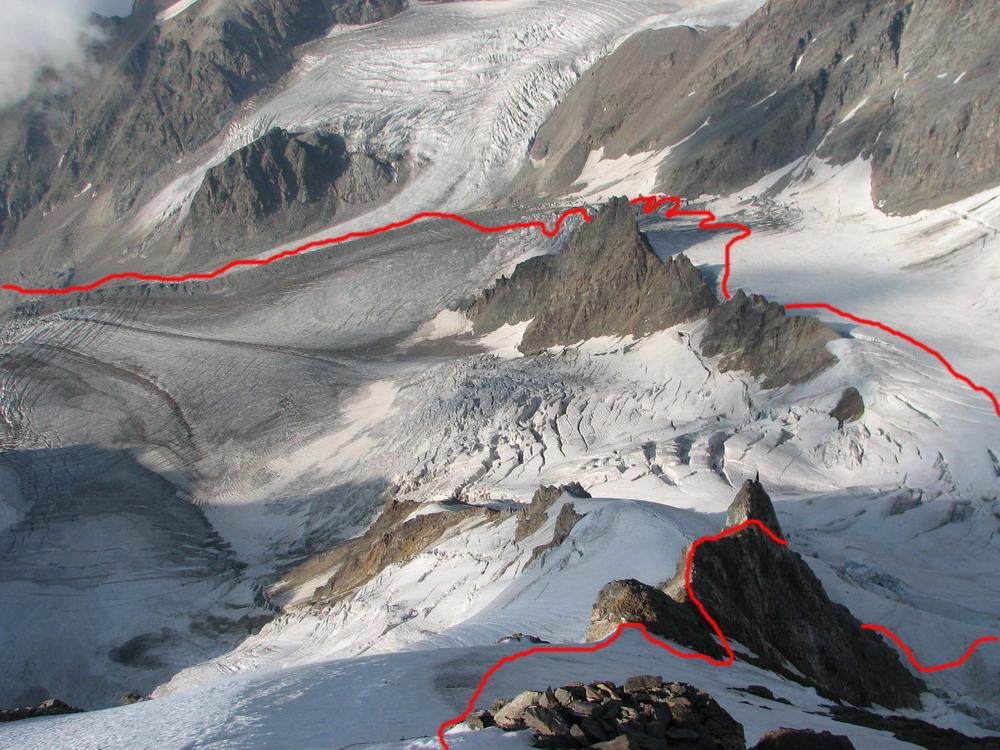 Ледник Шаурту с гребня в. Ортокара. Показан путь группы